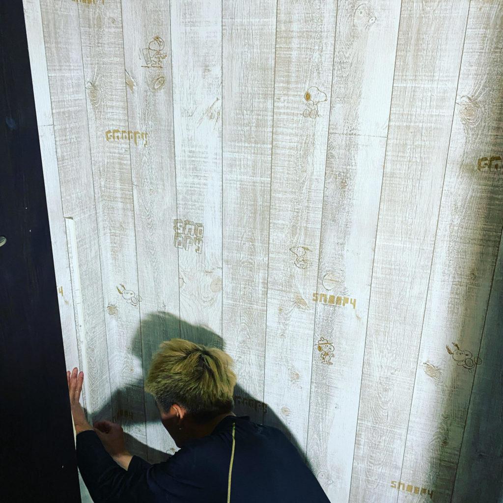 【DIY】壁紙貼替えは初心者こそお洒落なアクセントクロスがおすすめ